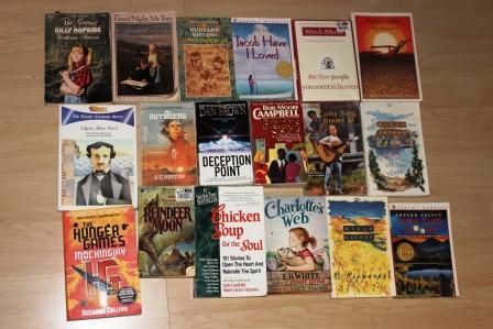 Algunos de los libros donados en 2.014