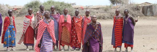 Danza rtradicional de mujeres masai