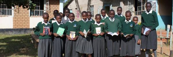 Estudiantes con libros