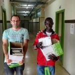 Recogida de libros en el Instituto Luis de Lucena